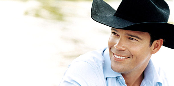 Country star & father of 5 Clay Walker talks about battle with MS