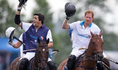 Prince Harry & world's hottest polo player team up for charity