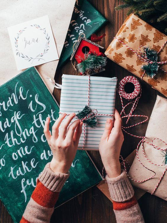 Festive, Affordable Gift Ideas for 2017
