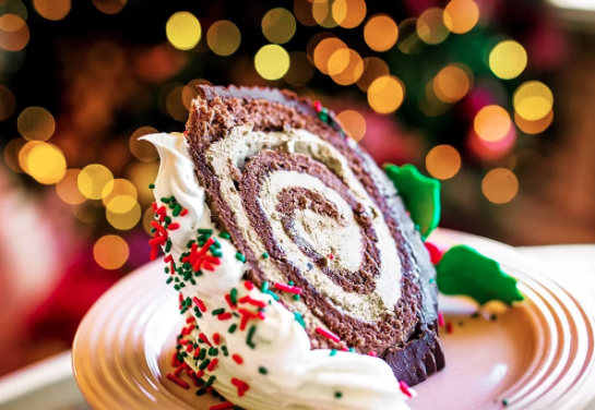 How To Make Disneyland's Famous Yule Log Cake – Plus A Full Guide To The Park's Holiday Treats!