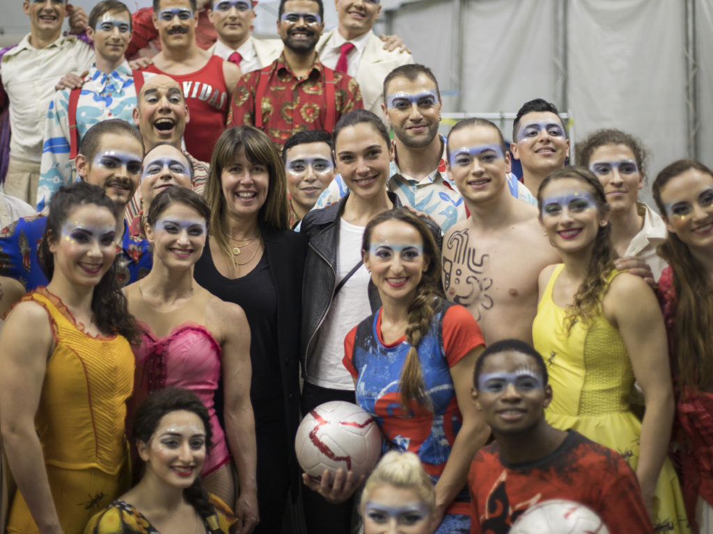 Gal Gadot, Patty Jenkins and Ty Burrell Visit The Cast of Cirque du Soleil's LUZIA
