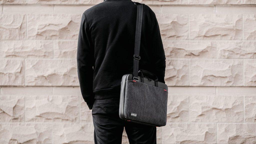 Get Smart & Organized with the KeySmart Urban Portfolio Briefcase