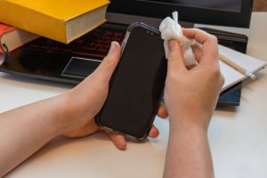 COVID-19 and Your Phone: Experts Recommend Daily Cleaning