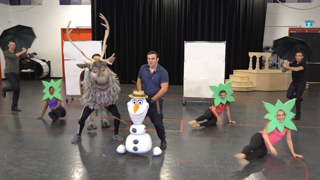 "Money-saving holiday travel tips & inside rehearsals for new ""Frozen"" musical this week on California Life"