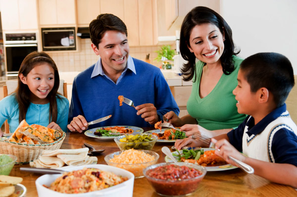 Family dinners are actually the most important meal of the day & should make a comeback