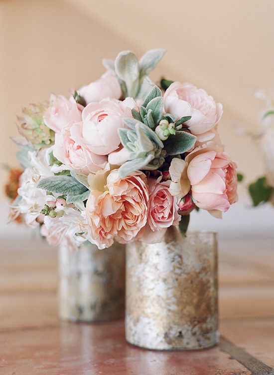 Your guide to simple, homemade floral arrangements – perfect for mom this Mother's Day!