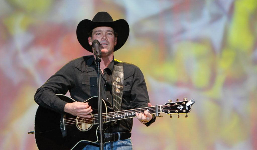 Country star Clay Walker tells California Life about his battle with MS