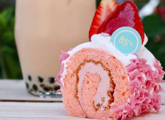 Why Koreatown's new 85°C Bakery Cafe is worth the wait