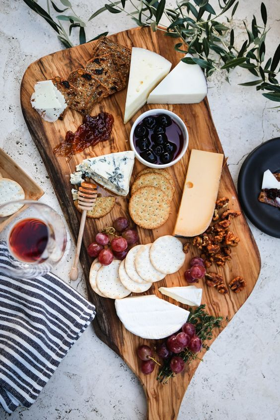 Surprising Health Benefits Of Cheese As Part Of Your New Year's Diet