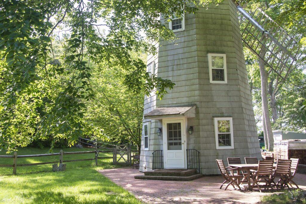 Historic Hamptons Windmill House!