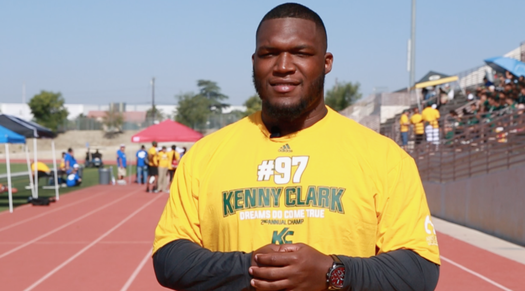 Kenny Clark of Green Bay Packers to Host Free Football Clinic on Sunday in LA