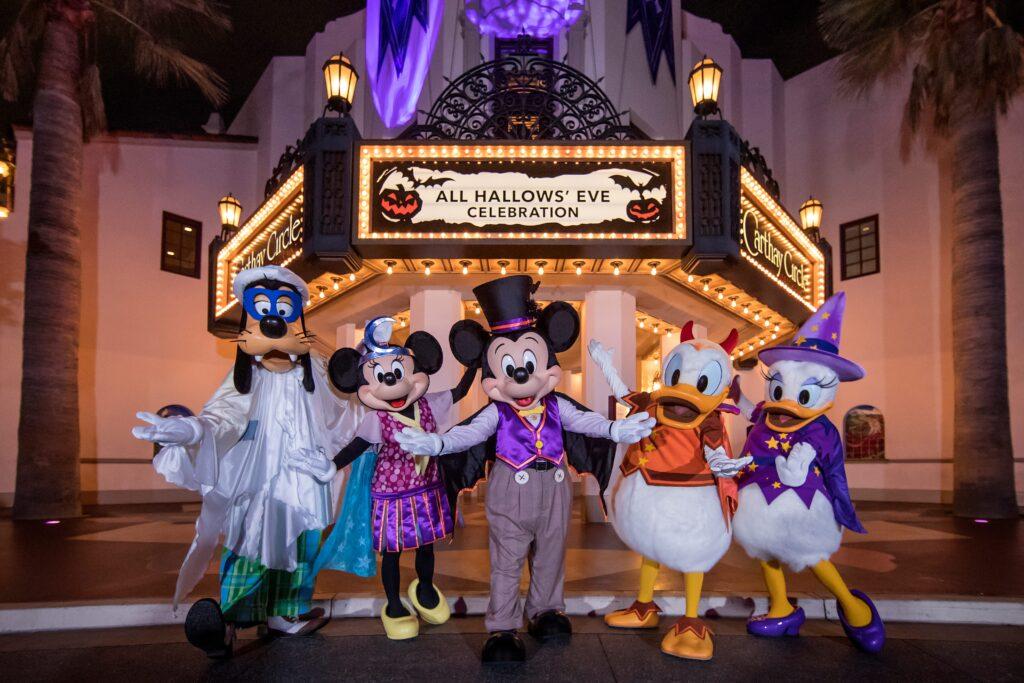 Fall Favorites Return to the Disneyland Resort